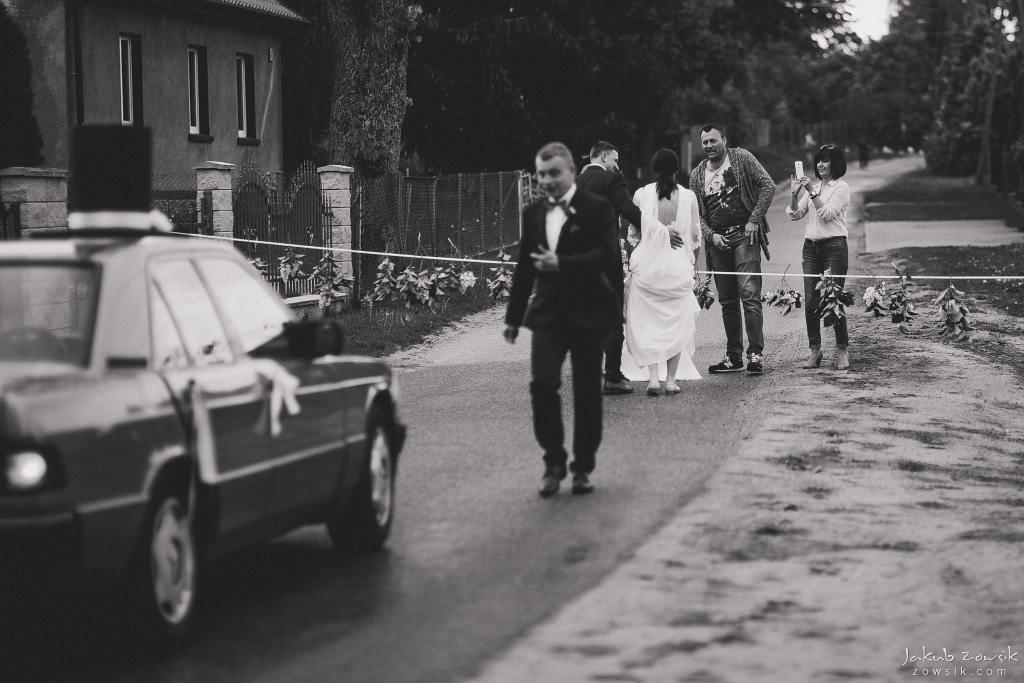 Magda & Sebastian | Zdjęcia ślubne Jedwabno | Reportaż 78