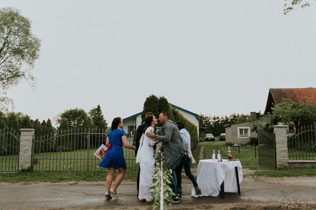 Magda & Sebastian | Zdjęcia ślubne Jedwabno | Reportaż 79