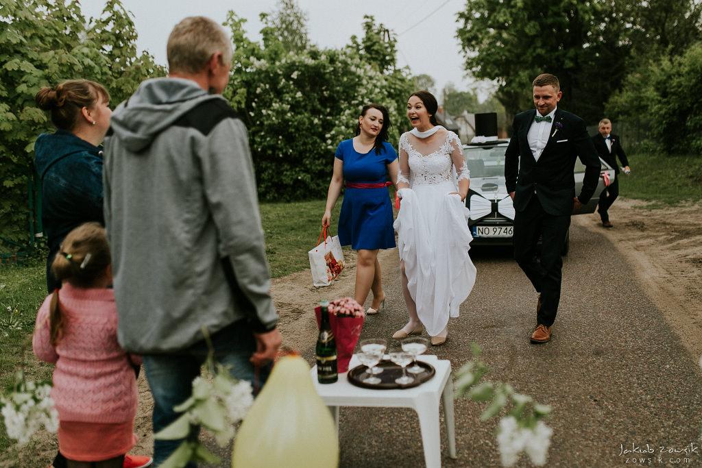 Magda & Sebastian | Zdjęcia ślubne Jedwabno | Reportaż 82