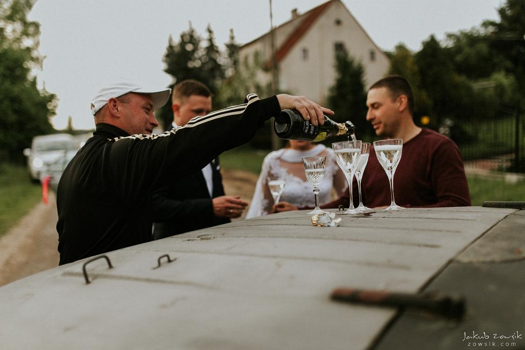 Magda & Sebastian | Zdjęcia ślubne Jedwabno | Reportaż 86