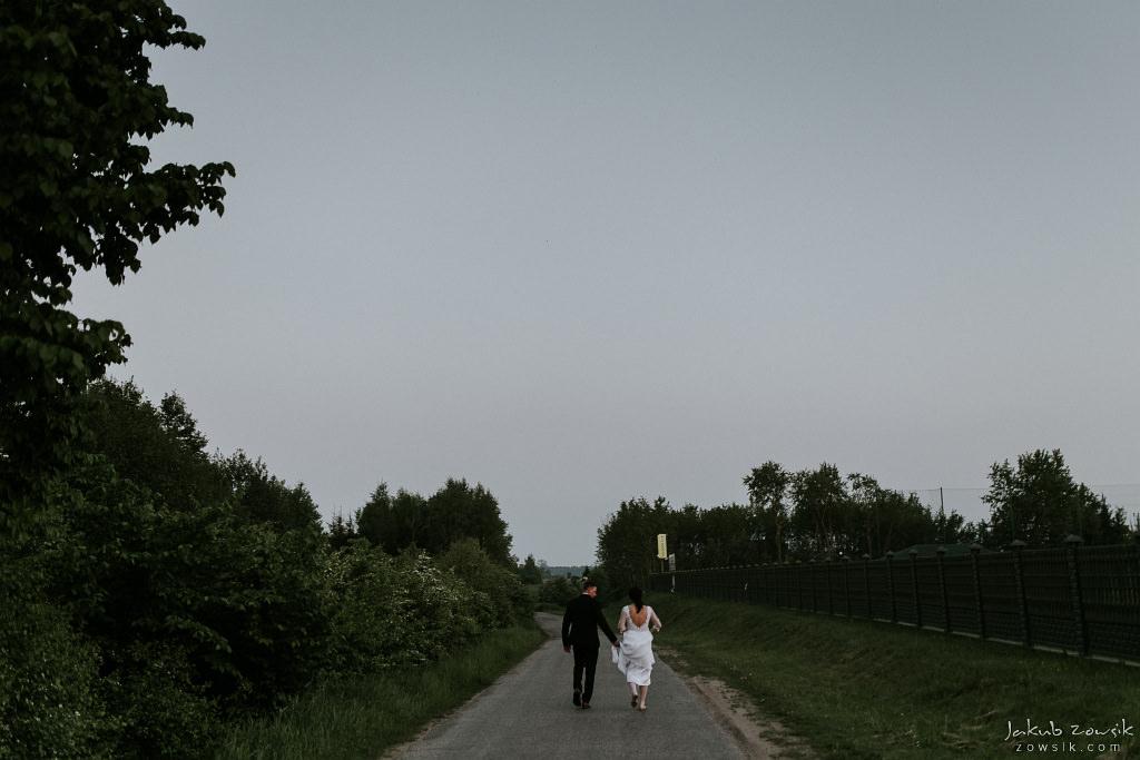 Magda & Sebastian | Zdjęcia ślubne Jedwabno | Reportaż 102