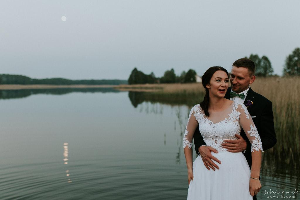 Magda & Sebastian | Zdjęcia ślubne Jedwabno | Reportaż 105