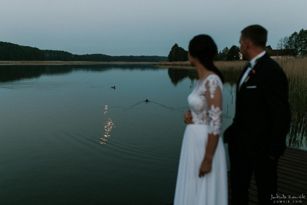 Magda & Sebastian | Zdjęcia ślubne Jedwabno | Reportaż 106