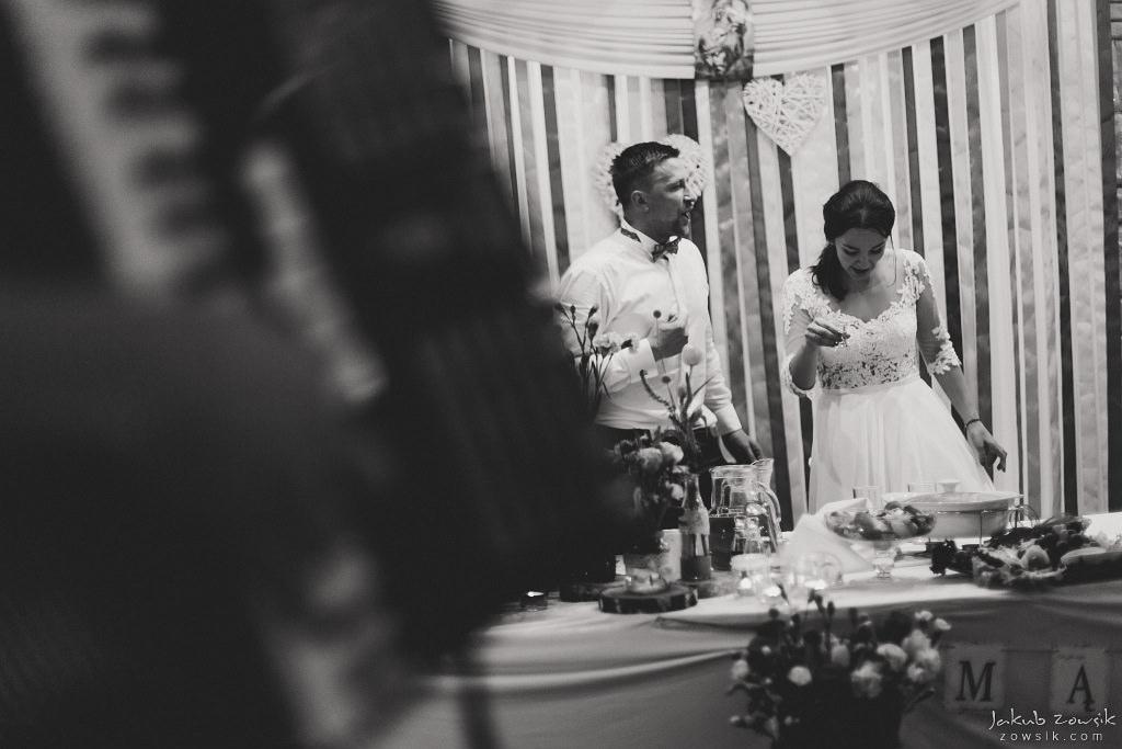 Magda & Sebastian | Zdjęcia ślubne Jedwabno | Reportaż 116