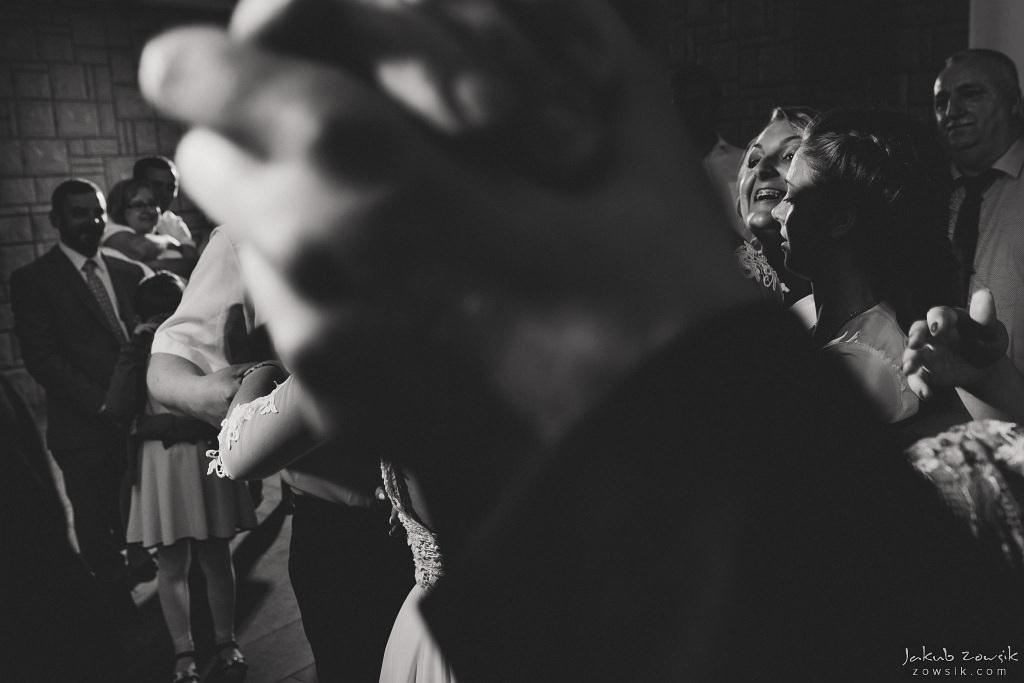 Magda & Sebastian | Zdjęcia ślubne Jedwabno | Reportaż 149