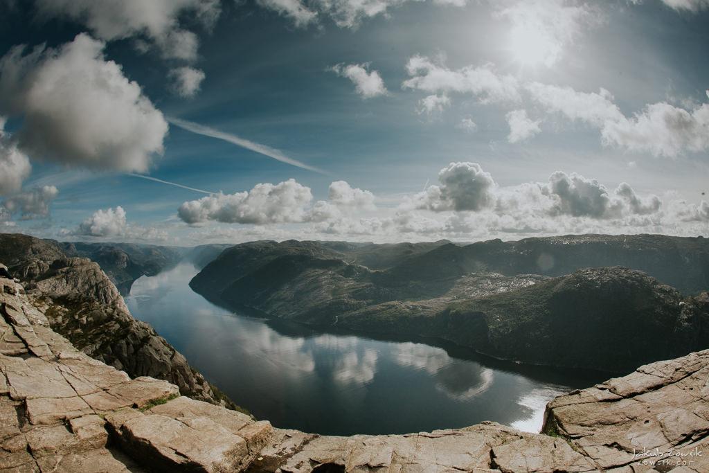 #12 Leisure Time In … Preikestolen | Norwegia 37