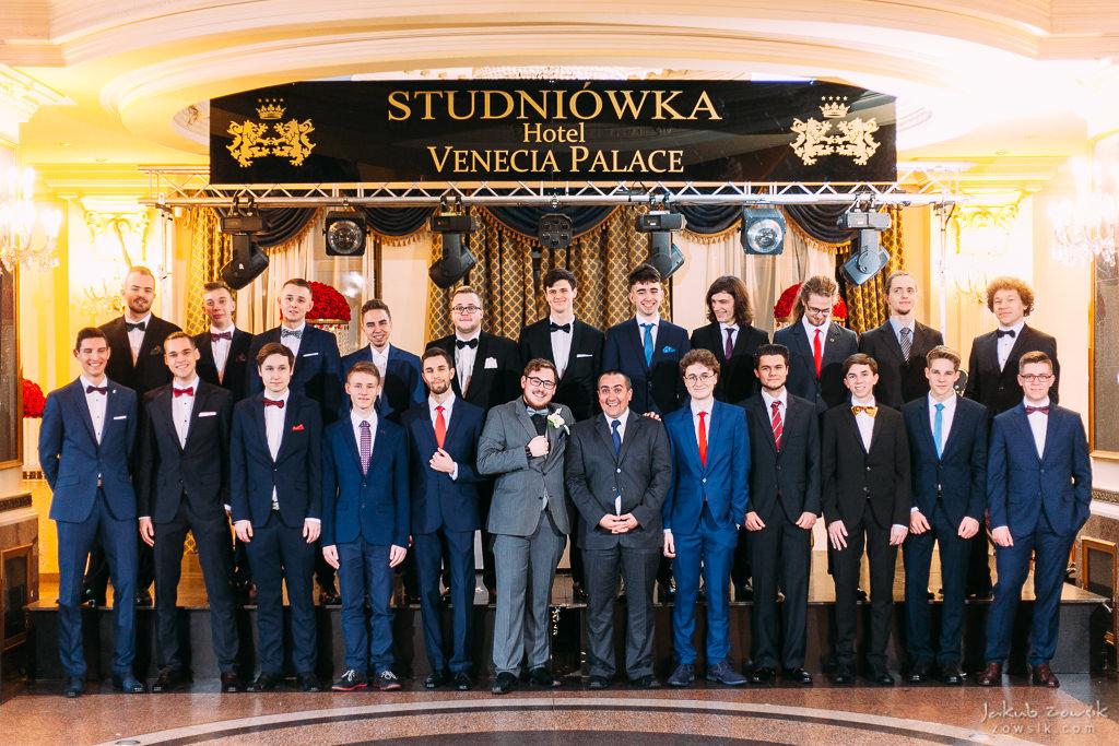 Studniówka Warszawa 2018 - LXXX LO im. Leopolda Staffa i Technikum Mechatroniczne nr 1 - pełen reportaż 62