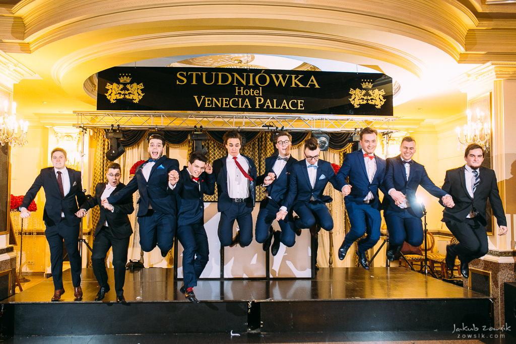 Studniówka Warszawa 2018 - LXXX LO im. Leopolda Staffa i Technikum Mechatroniczne nr 1 - pełen reportaż 77