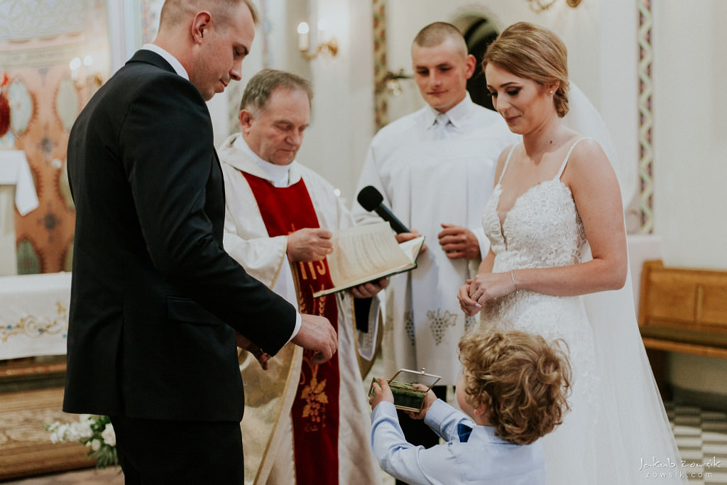 Julia & Paweł | Zdjęcia ślubne Dwór Złotopolska Dolina | Reportaż 56