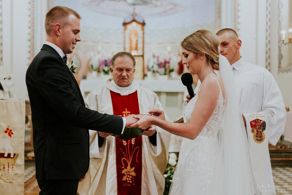 Julia & Paweł | Zdjęcia ślubne Dwór Złotopolska Dolina | Reportaż 58