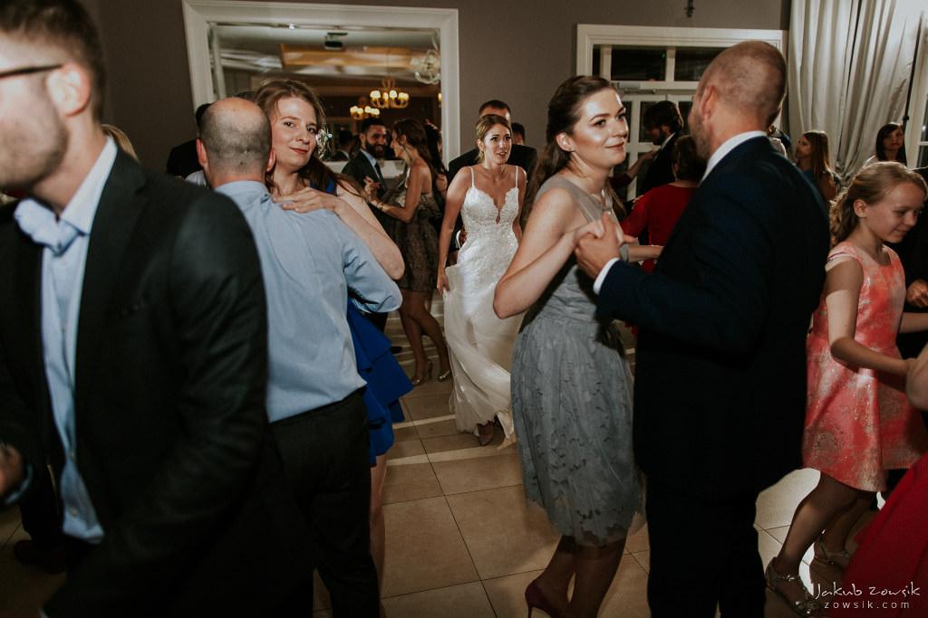 Julia & Paweł | Zdjęcia ślubne Dwór Złotopolska Dolina | Reportaż 117
