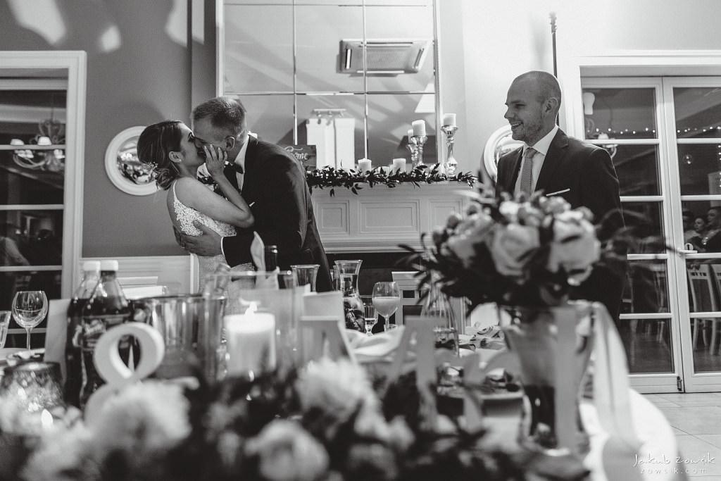Julia & Paweł | Zdjęcia ślubne Dwór Złotopolska Dolina | Reportaż 152