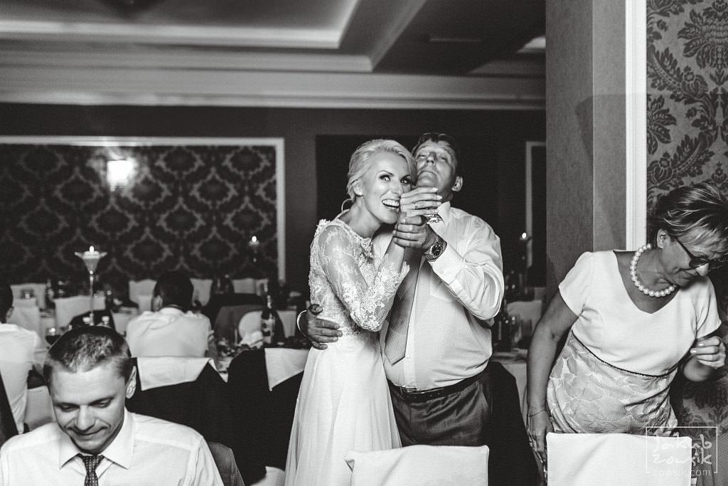 Magda & Jacek | Zdjęcia ślubne Warszawa | Reportaż 77