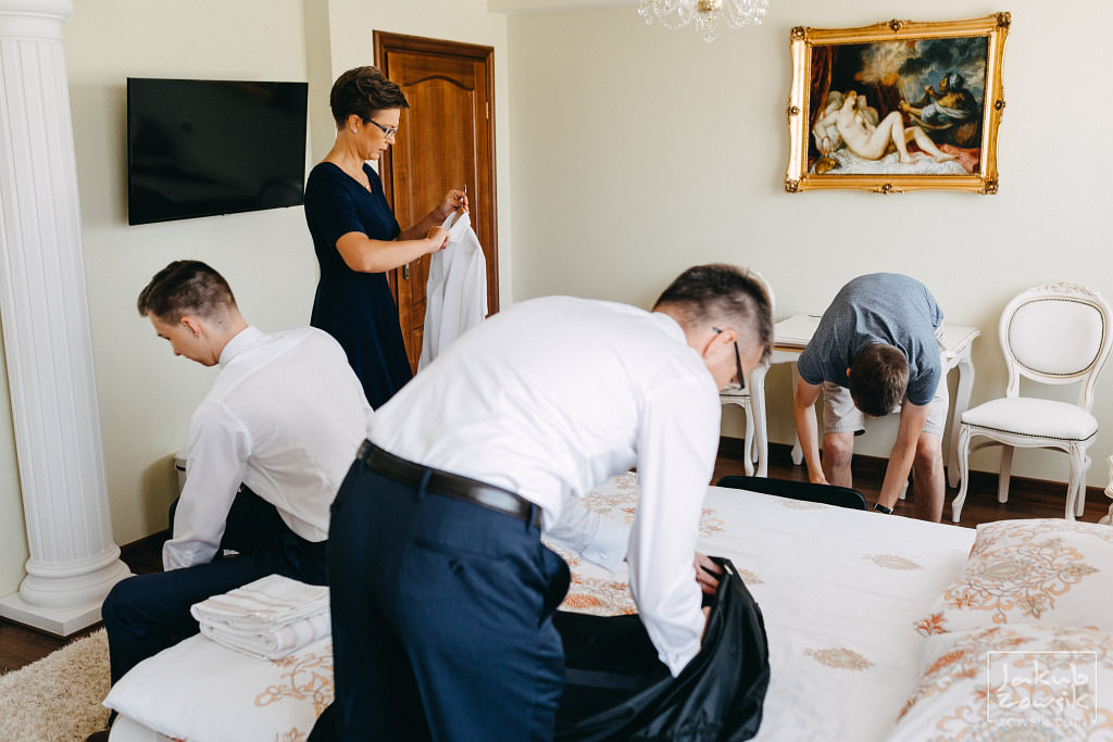 Asia & Rafał - Zdjęcia ślubne Bełchatów - Reportaż 11