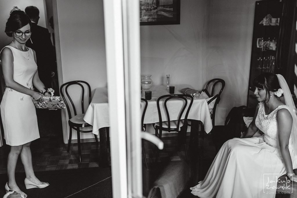 Asia & Rafał - Zdjęcia ślubne Bełchatów - Reportaż 39