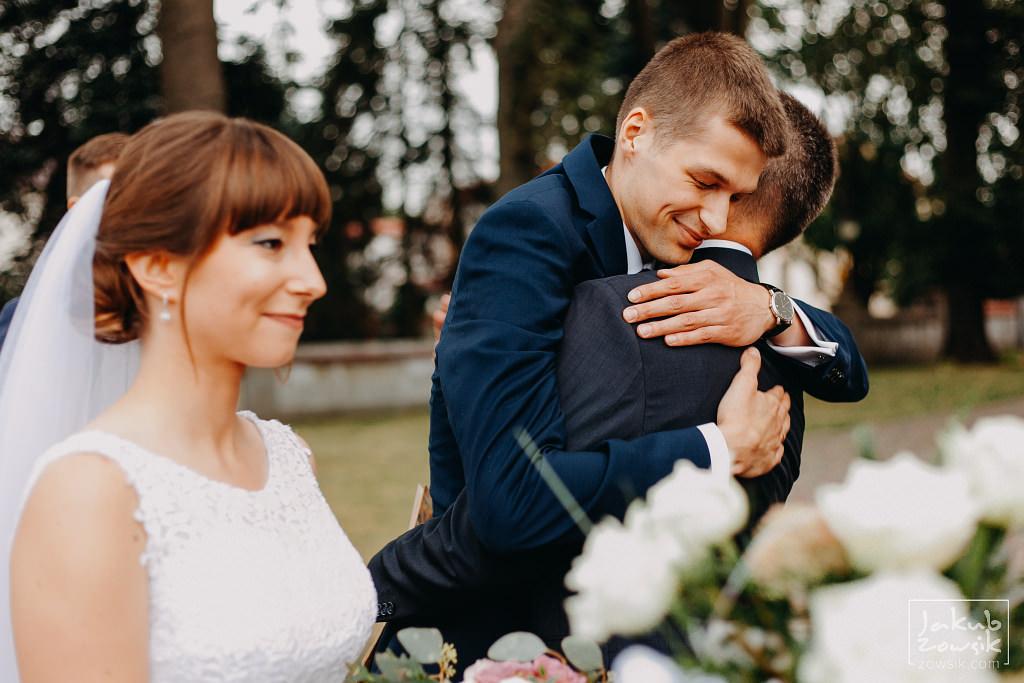 Asia & Rafał - Zdjęcia ślubne Bełchatów - Reportaż 60