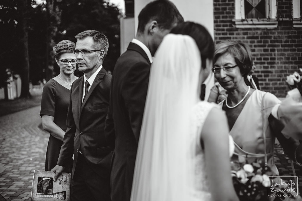 Asia & Rafał - Zdjęcia ślubne Bełchatów - Reportaż 61