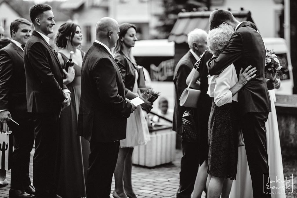 Asia & Rafał - Zdjęcia ślubne Bełchatów - Reportaż 64