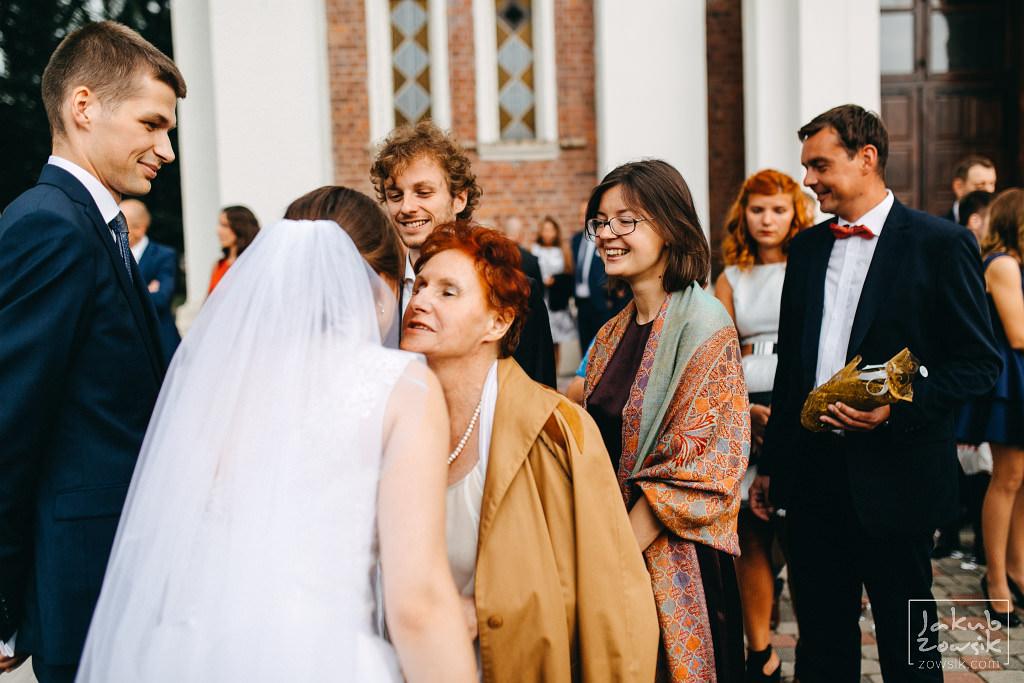 Asia & Rafał - Zdjęcia ślubne Bełchatów - Reportaż 68