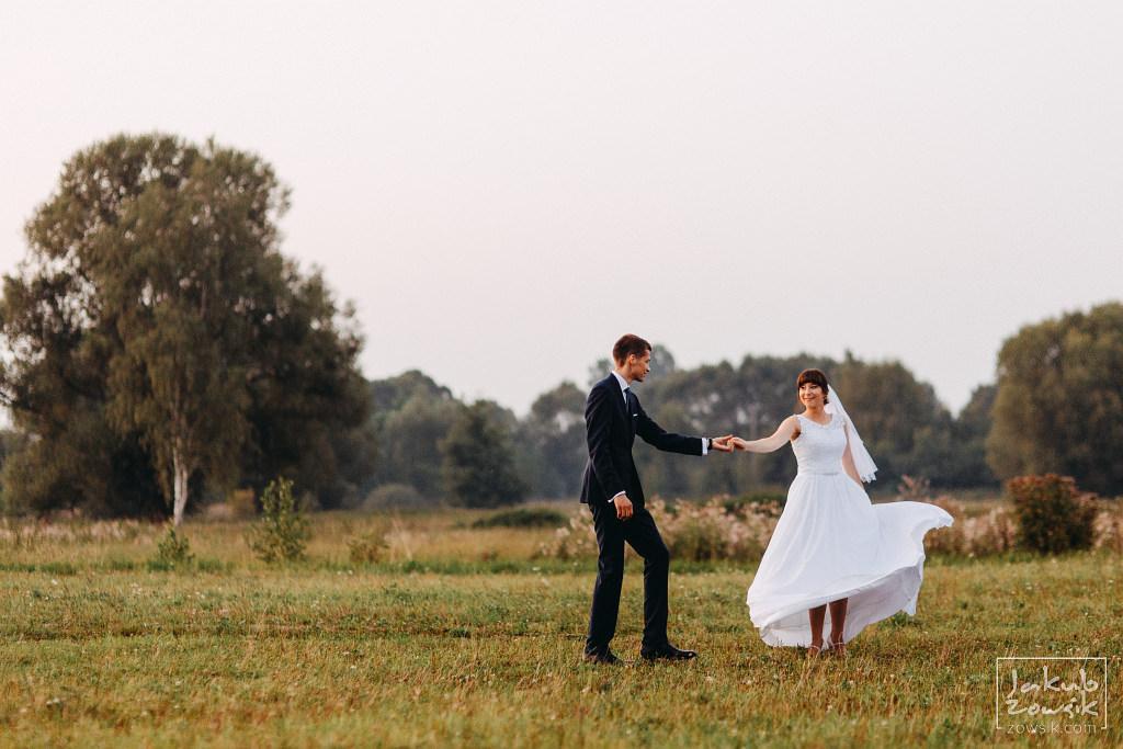 Asia & Rafał - Zdjęcia ślubne Bełchatów - Reportaż 89