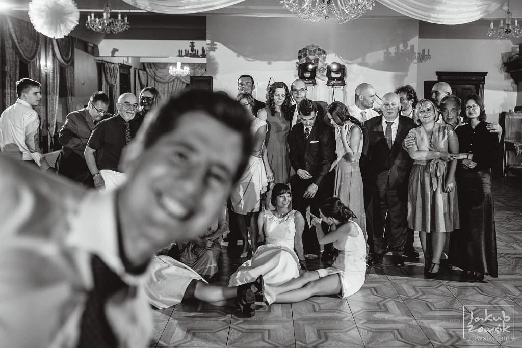 Asia & Rafał - Zdjęcia ślubne Bełchatów - Reportaż 112
