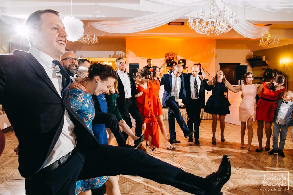 Asia & Rafał - Zdjęcia ślubne Bełchatów - Reportaż 119