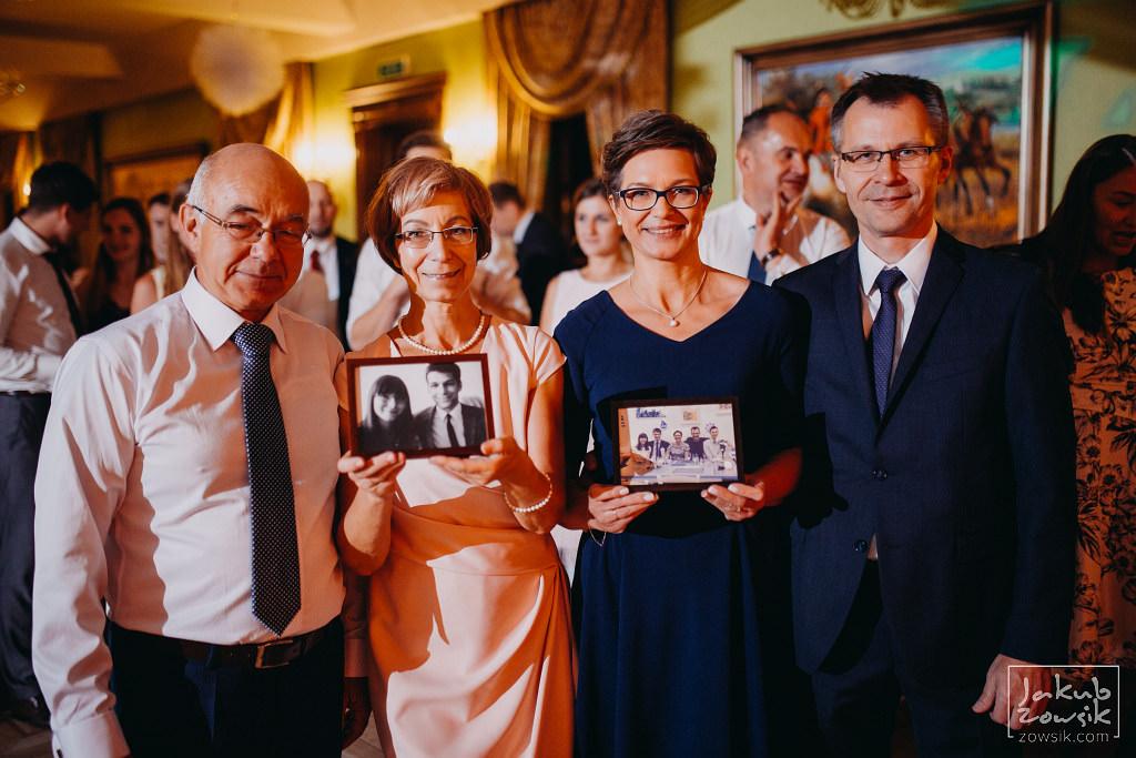 Asia & Rafał - Zdjęcia ślubne Bełchatów - Reportaż 127