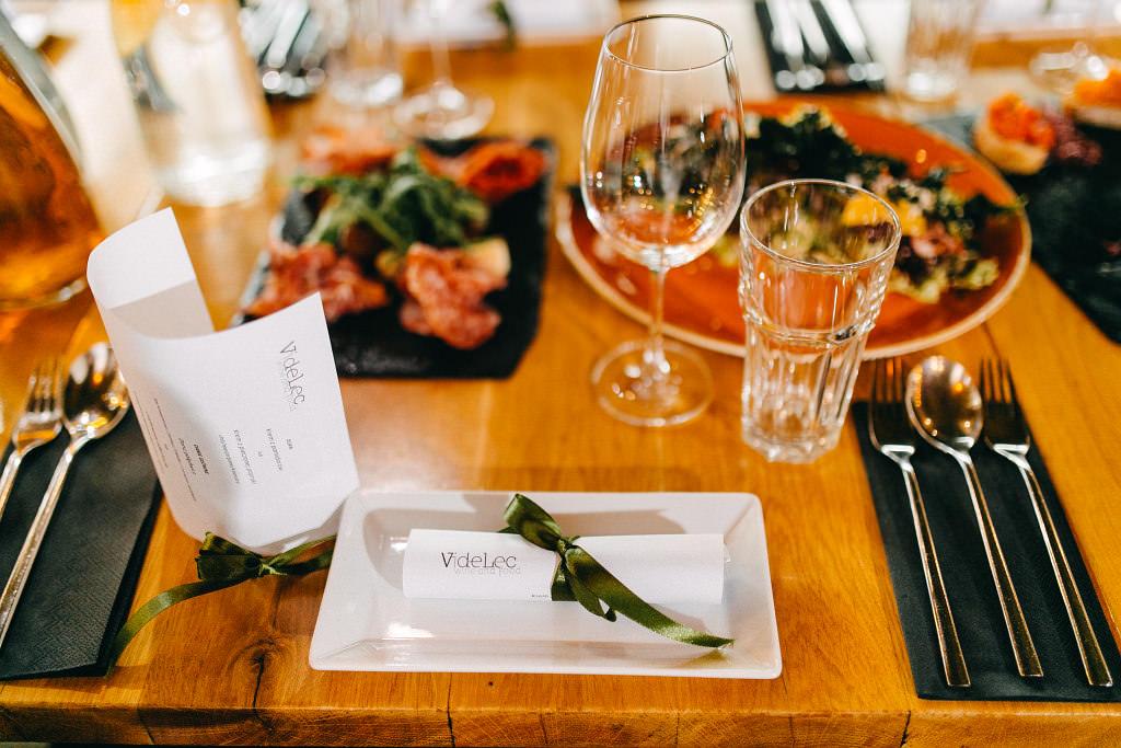 Chrzciny i piękne przystrojone stoły w restauracji Videlec - Grójecka 194, 02-390 Warszawa