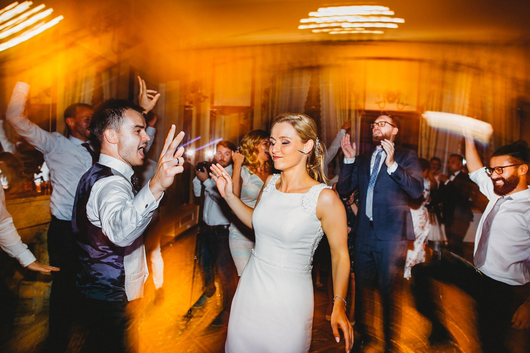 Ania & Piotrek | Leżajsk zdjęcia ślubne | Reportaż