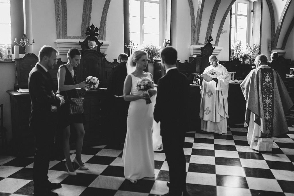 Ania & Piotrek | Leżajsk zdjęcia ślubne | Pałac w Sieniawie 18