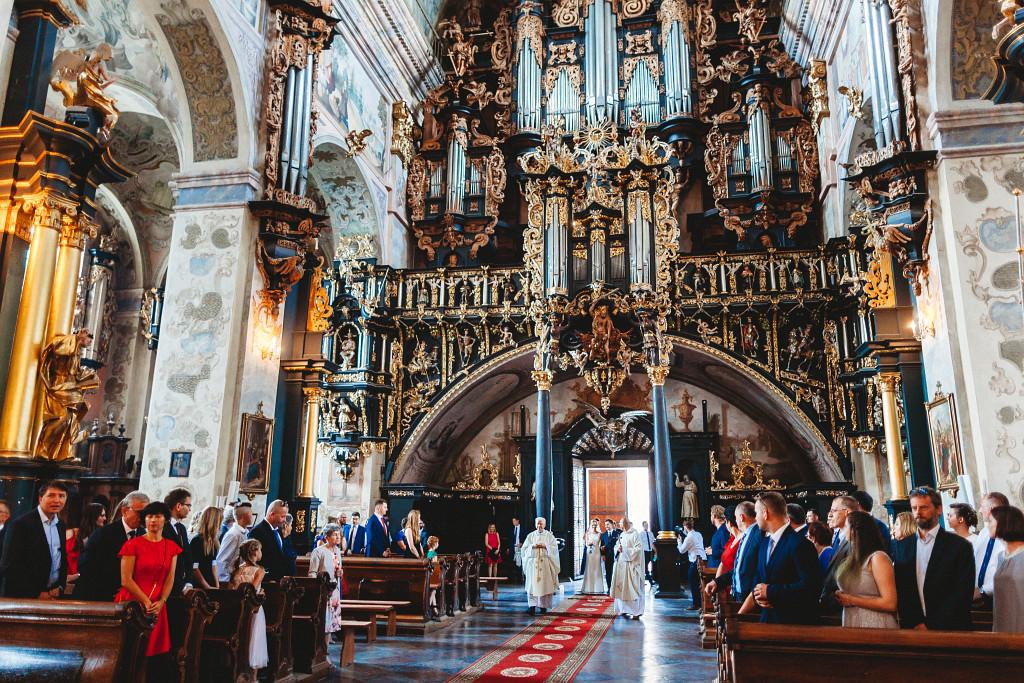 Ania & Piotrek | Leżajsk zdjęcia ślubne | Pałac w Sieniawie 20