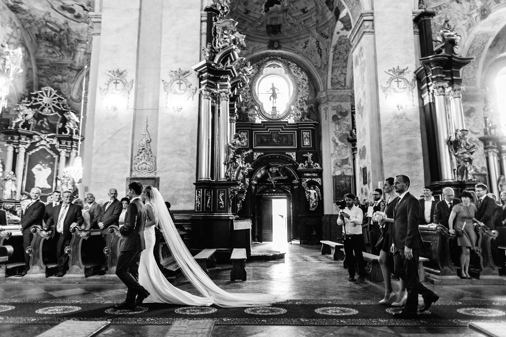 Ania & Piotrek | Leżajsk zdjęcia ślubne | Pałac w Sieniawie 22