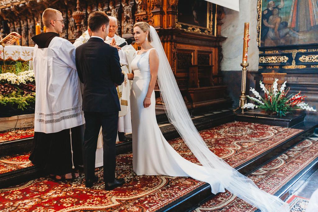 Ania & Piotrek | Leżajsk zdjęcia ślubne | Pałac w Sieniawie 28