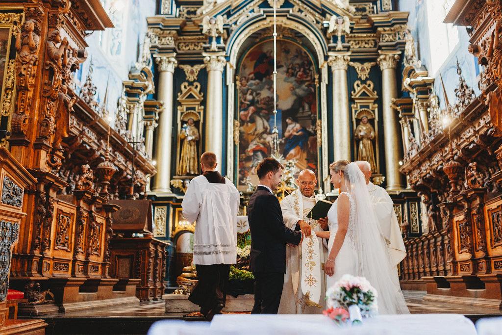 Ania & Piotrek | Leżajsk zdjęcia ślubne | Pałac w Sieniawie 29