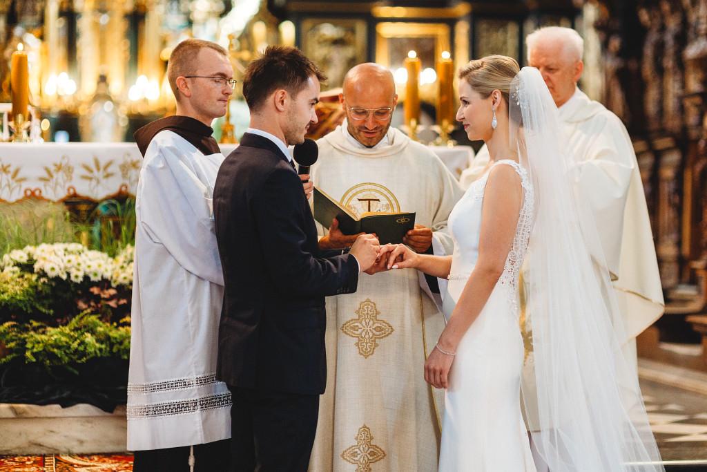 Ania & Piotrek | Leżajsk zdjęcia ślubne | Pałac w Sieniawie 30