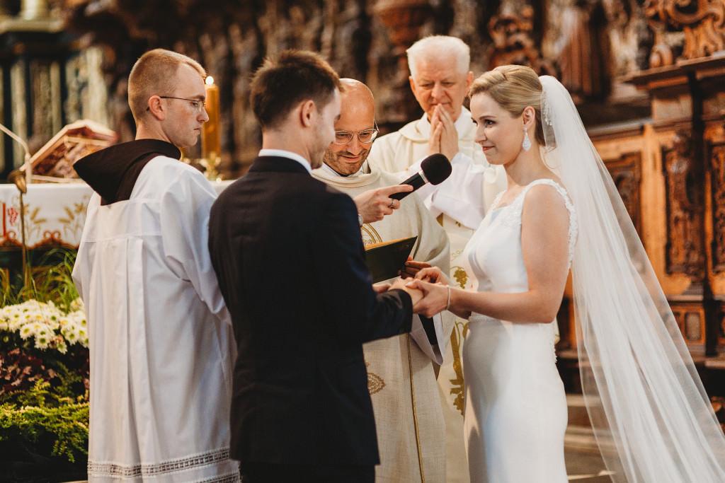 Ania & Piotrek | Leżajsk zdjęcia ślubne | Pałac w Sieniawie 32