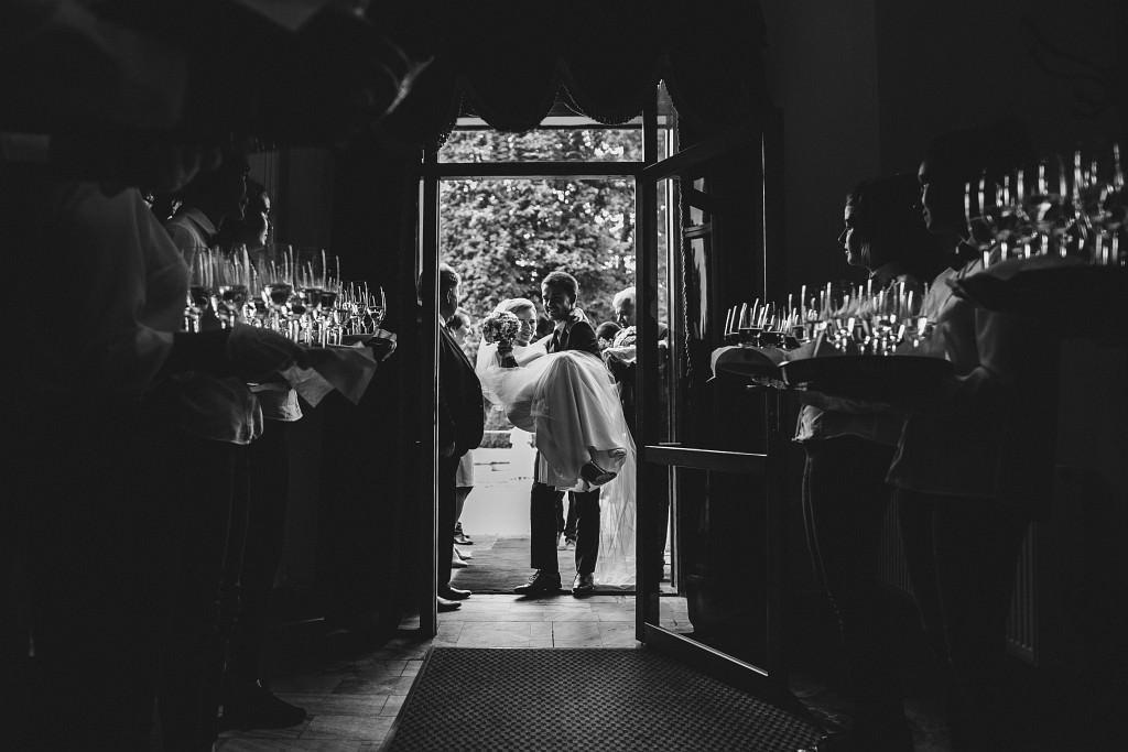Ania & Piotrek | Leżajsk zdjęcia ślubne | Pałac w Sieniawie 54