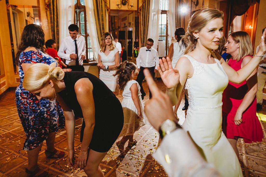Ania & Piotrek | Leżajsk zdjęcia ślubne | Pałac w Sieniawie 71