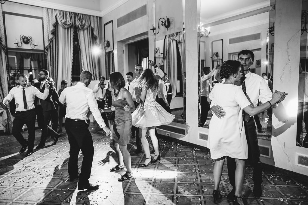 Ania & Piotrek | Leżajsk zdjęcia ślubne | Pałac w Sieniawie 78