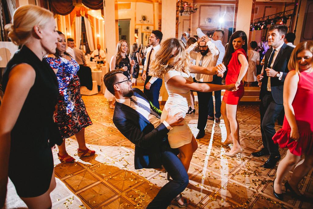Ania & Piotrek | Leżajsk zdjęcia ślubne | Pałac w Sieniawie 79