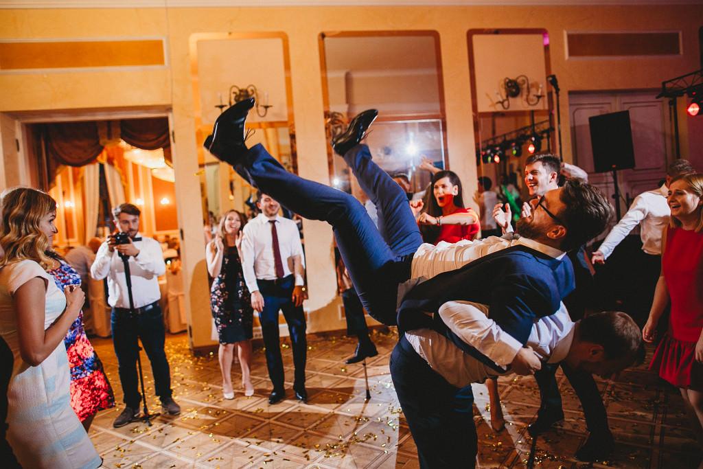 Ania & Piotrek | Leżajsk zdjęcia ślubne | Pałac w Sieniawie 80