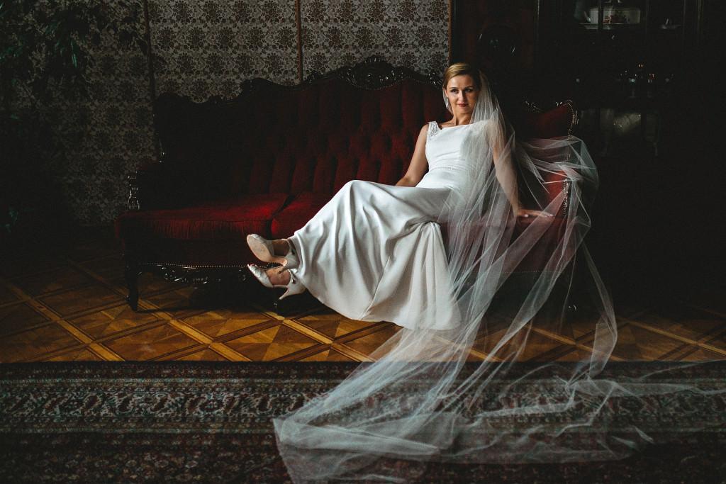 Ania & Piotrek | Leżajsk zdjęcia ślubne | Pałac w Sieniawie 13