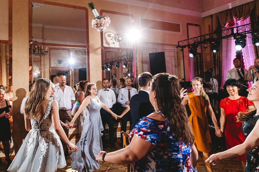 Ania & Piotrek | Leżajsk zdjęcia ślubne | Pałac w Sieniawie 108
