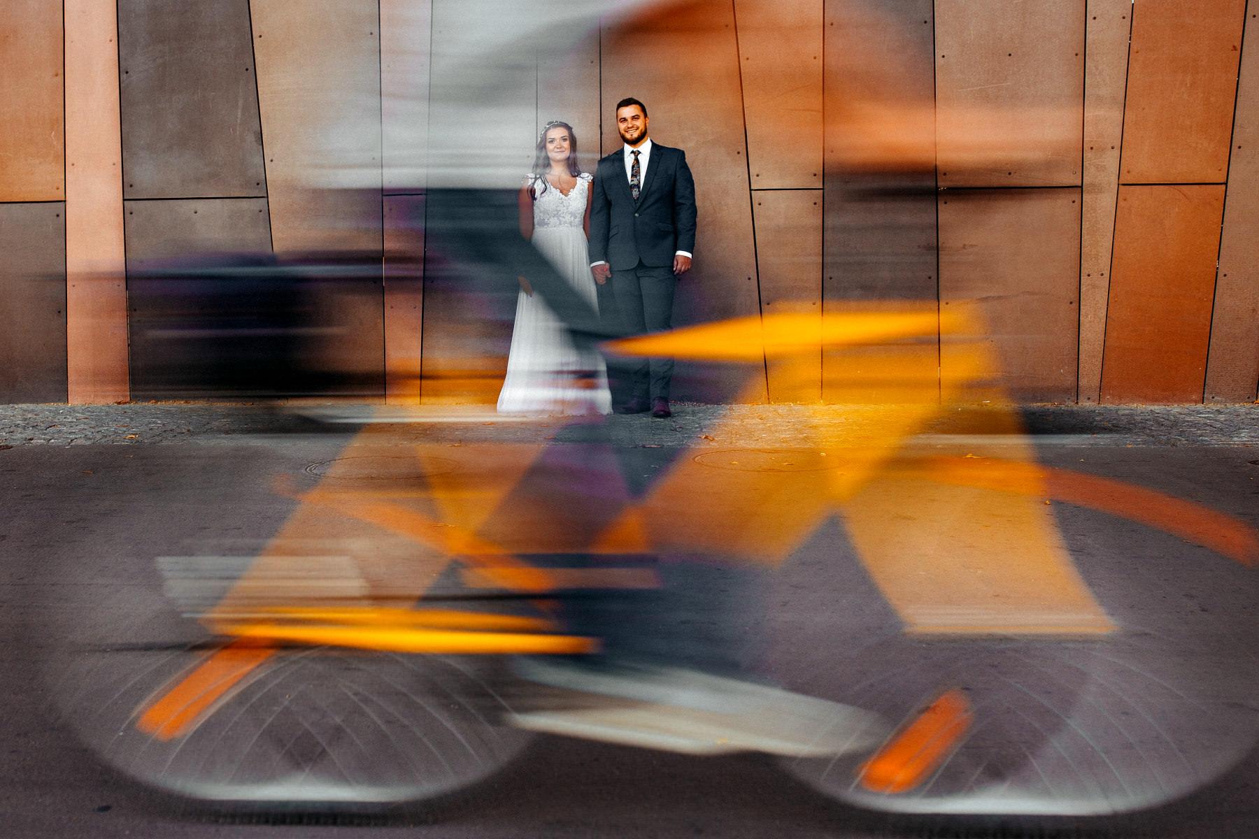 Paula & Przemek | Dwór Sulejów plenerowe zdjęcia ślubne | Reportaż