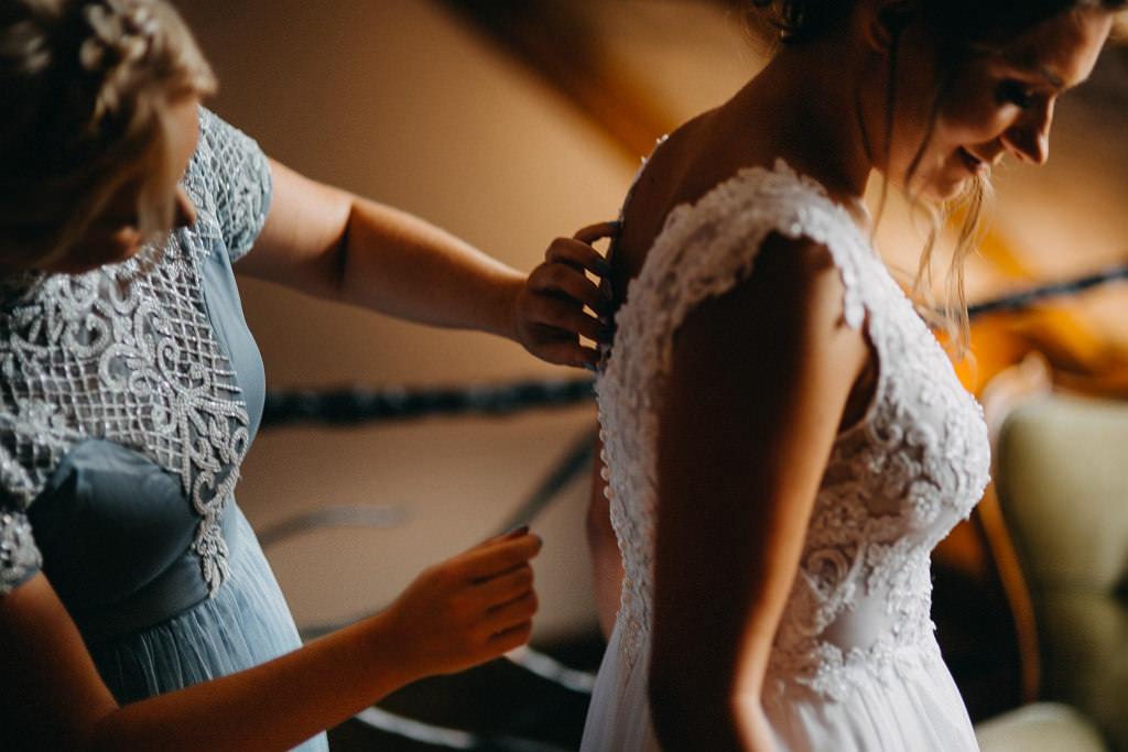 Paula & Przemek | Dwór Sulejów plenerowe zdjęcia ślubne | Reportaż 19