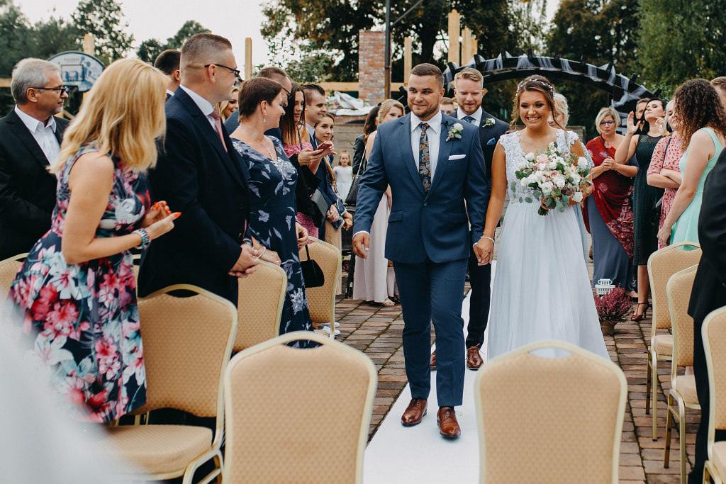 Paula & Przemek | Dwór Sulejów plenerowe zdjęcia ślubne | Reportaż 29