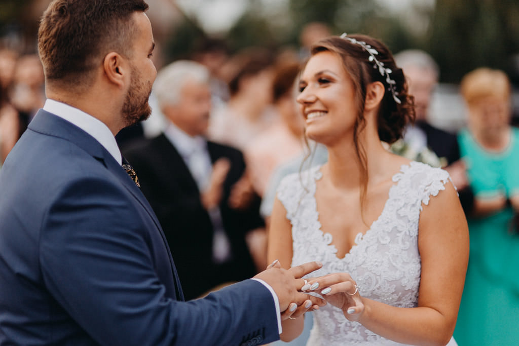 Paula & Przemek | Dwór Sulejów plenerowe zdjęcia ślubne | Reportaż 39