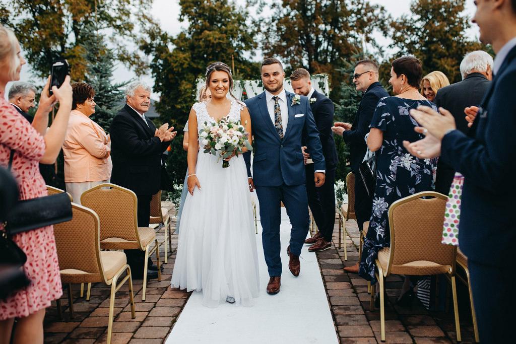 Paula & Przemek | Dwór Sulejów plenerowe zdjęcia ślubne | Reportaż 47
