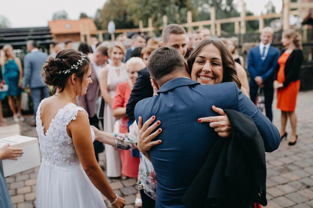 Paula & Przemek | Dwór Sulejów plenerowe zdjęcia ślubne | Reportaż 54