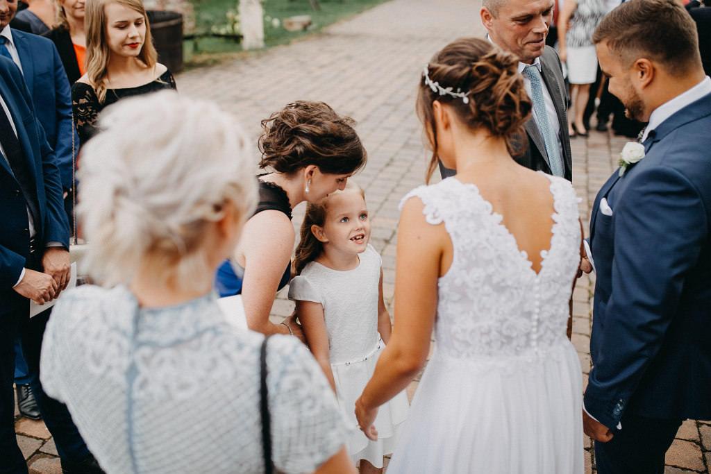 Paula & Przemek | Dwór Sulejów plenerowe zdjęcia ślubne | Reportaż 55